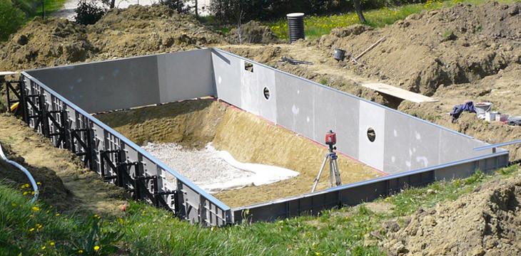 Pose de strucure de piscines en kit eurokit for Piscine online